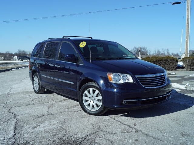 2016 Chrysler Town & Country Touring LOCAL TRADE Lee's Summit MO