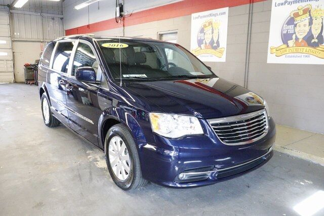 2016 Chrysler Town & Country Touring Winter Haven FL