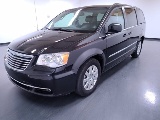 2016 Chrysler Town & Country Touring Macon GA
