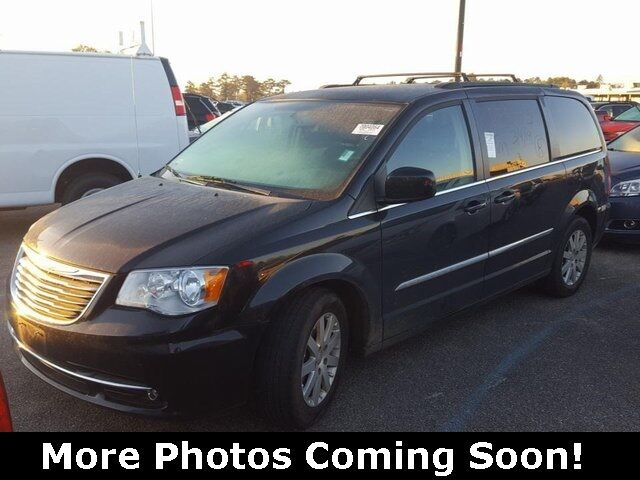 2016 Chrysler Town & Country Touring Louisville MS