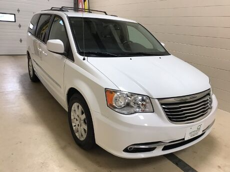 2016 Chrysler Town & Country Touring Stevens Point WI