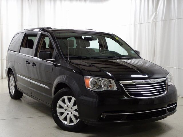 2016 Chrysler Town & Country Touring Raleigh NC