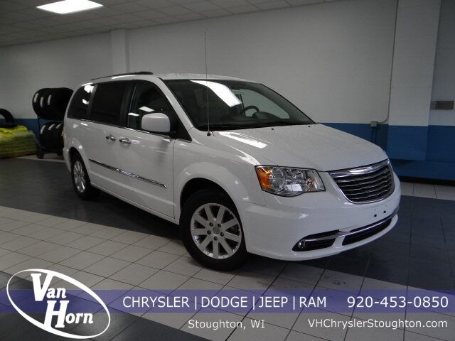 2016 Chrysler Town and Country Touring Stoughton WI