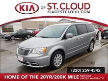 2016_Chrysler_Town & Country_Touring_ St. Cloud MN