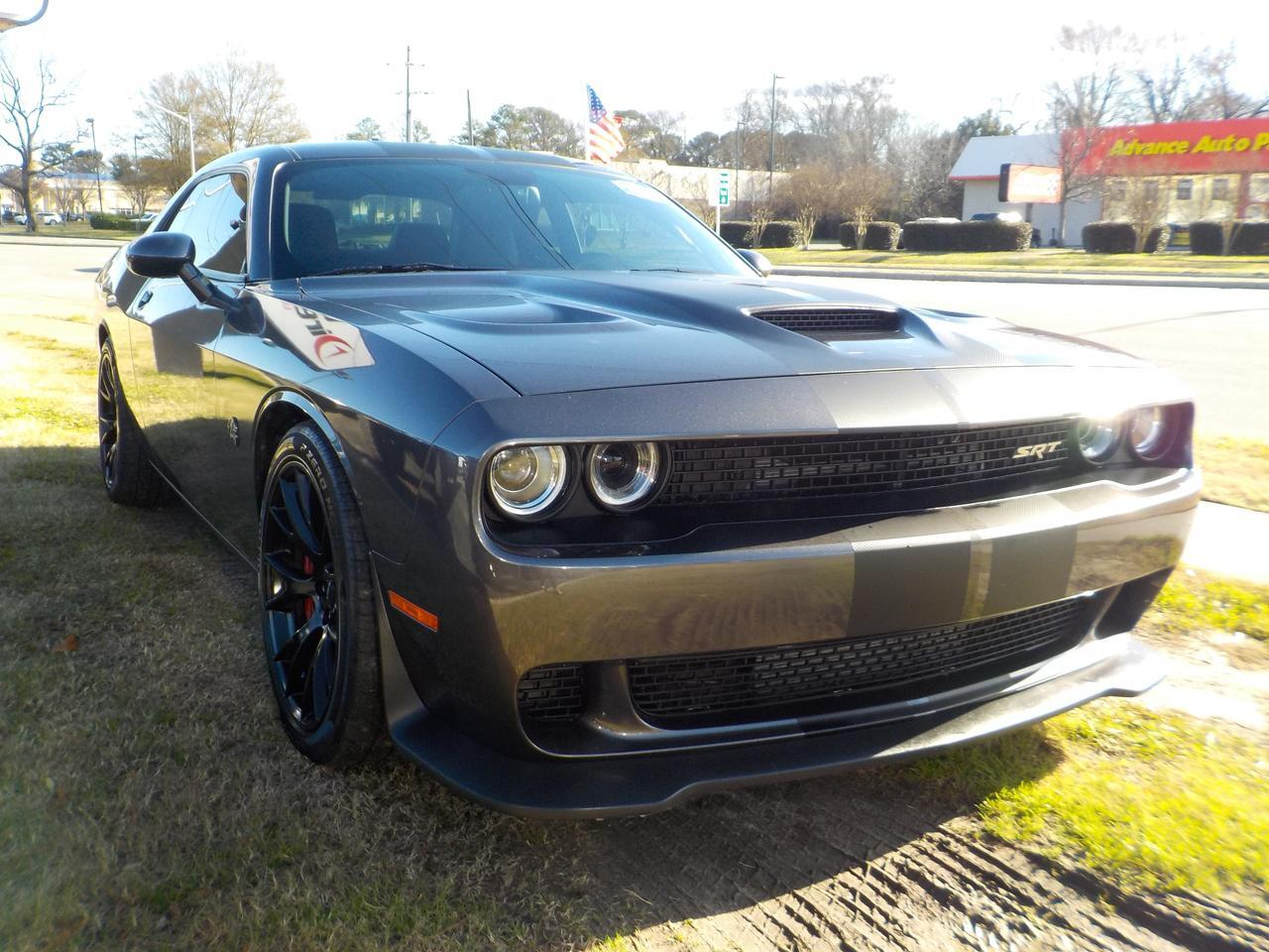 2016 DODGE CHARGER SRT HELLCAT HEMI, ONE OWNER, HEATED & COOLED SEATS, LEATHER, REMOTE START, SUNROOF,ONLY 24K MILES! Virginia Beach VA