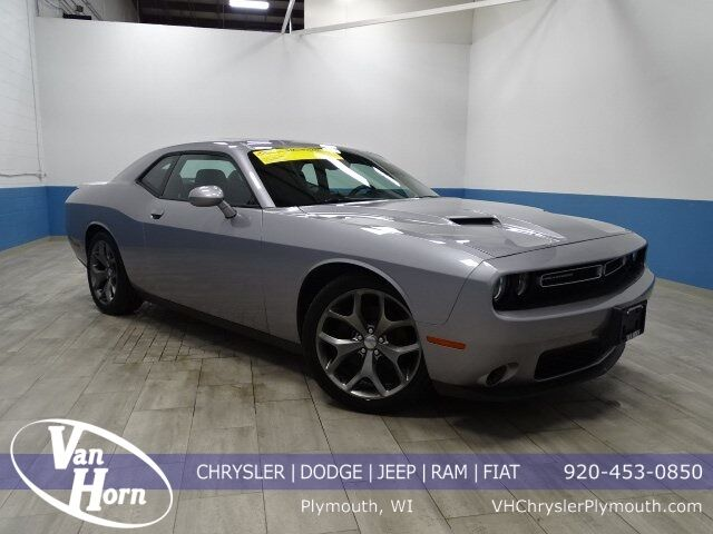 2016 Dodge Challenger SXT Plymouth WI
