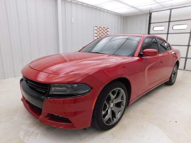 2016 Dodge Charger 4dr Sdn SXT RWD Manhattan KS