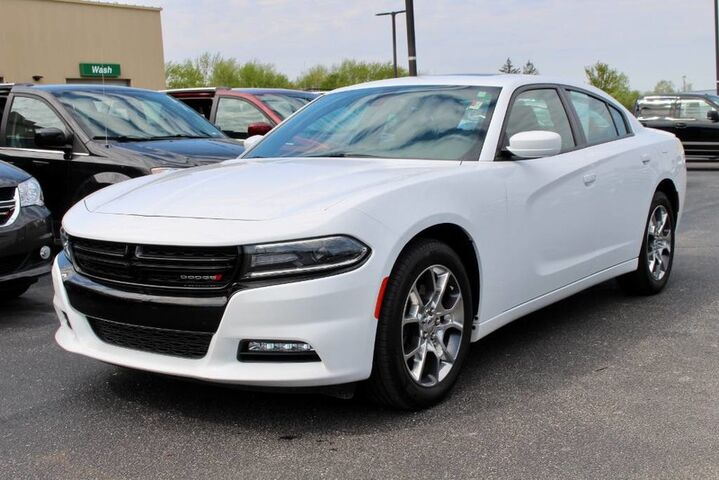 2016 Dodge Charger SXT Fort Wayne Auburn and Kendallville IN