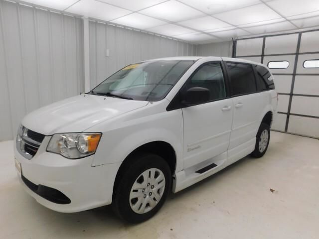 2016 Dodge Grand Caravan WHEEL CHAIR ACCESSIBLE Manhattan KS