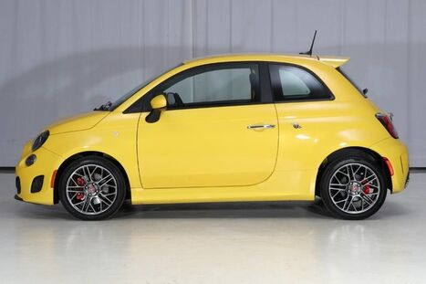 2016_FIAT_500_Abarth_ West Chester PA