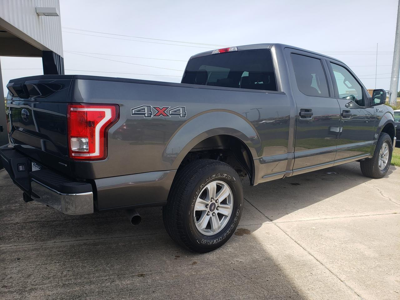 2016 FORD F150 SUPERCREW Dwight IL