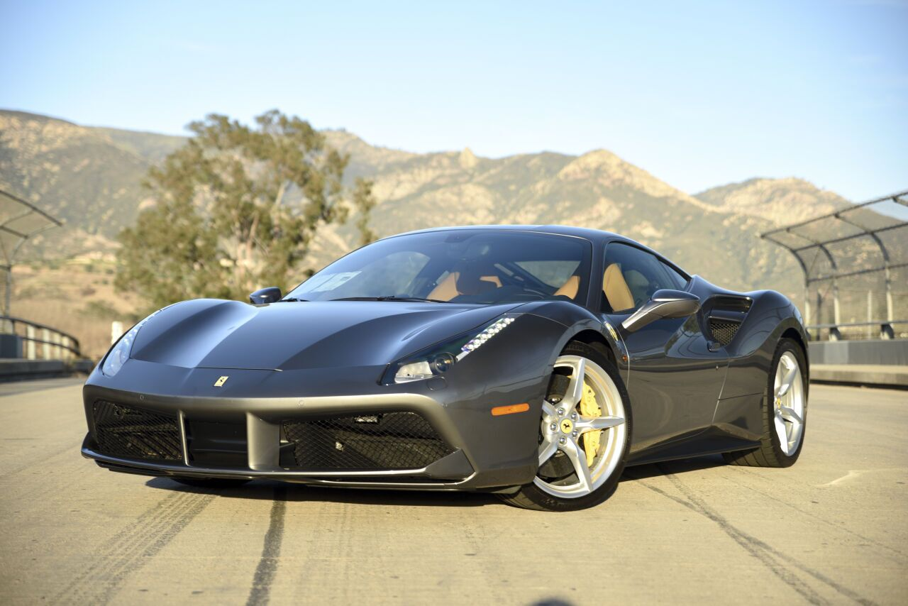 2016 Ferrari 488 GTB Base 2dr Coupe