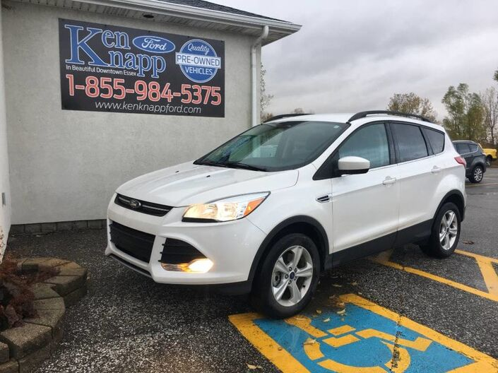 2016 Ford Escape SE- HEATED SEATS- NAV- 4X4- LOW KM Essex ON