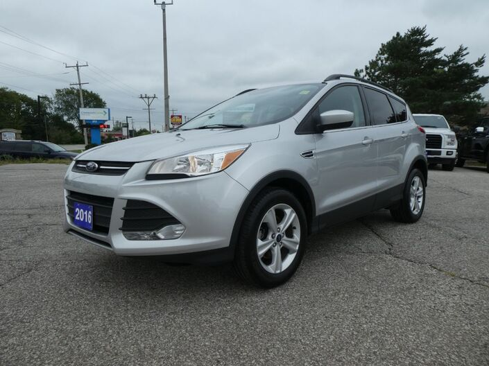 2016 Ford Escape SE Power Lift Gate Heated Seats Back Up Cam Essex ON