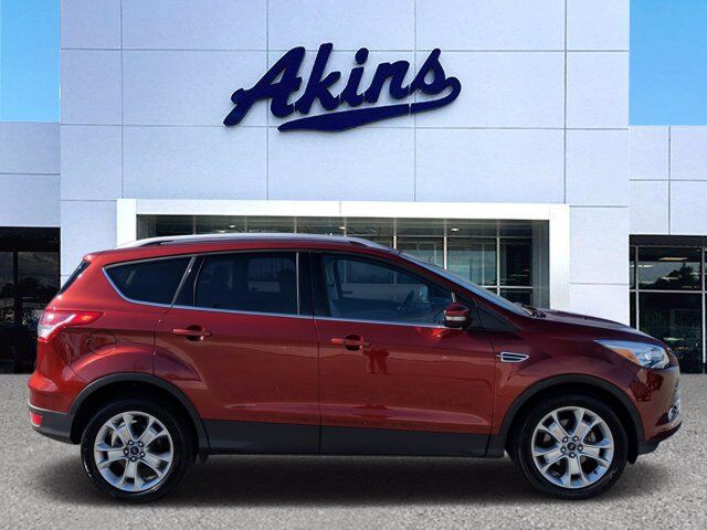 2016 Ford Escape Titanium Winder GA