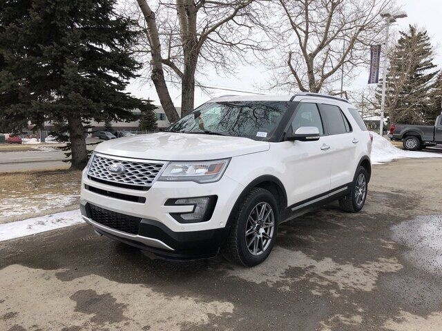 2016 Ford Explorer Platinum AWD WITH LEATHER ROOF AND NAVIGATION Calgary AB