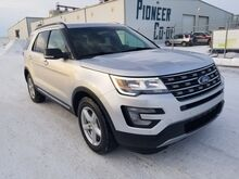 2016_Ford_Explorer_XLT (Remote Start, Backup Cam, 3rd Row)_ Swift Current SK