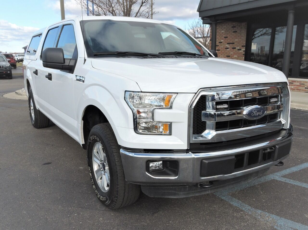 2016 Ford F-150 XLT 4x4 4dr SuperCrew 5.5 ft. SB Chesterfield MI