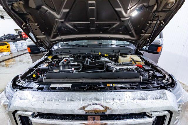 2016 Ford F-350 4x4 Crew Cab XLT Diesel Red Deer AB
