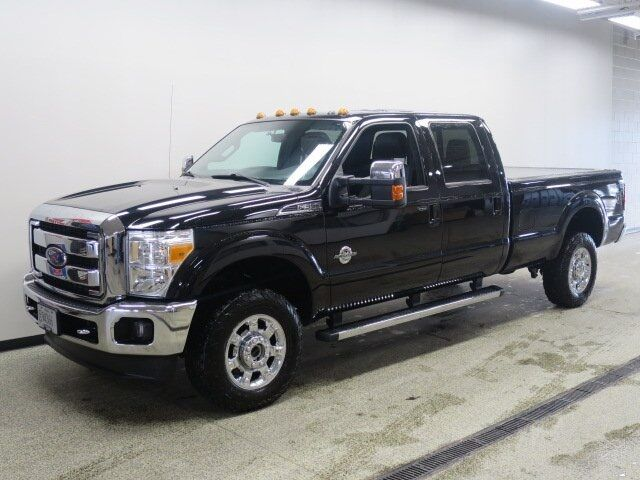 2016 Ford F-350SD Lariat 172 WB West Bend WI