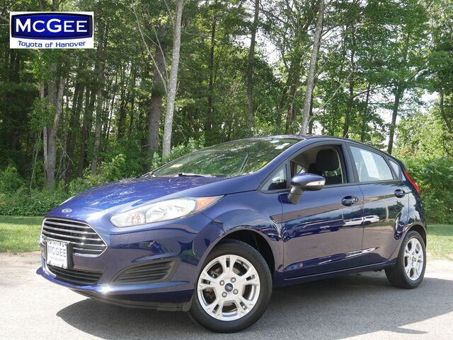 2016_Ford_Fiesta_5dr HB SE_ Hanover MA