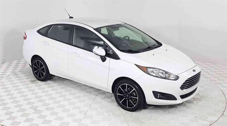 2016_Ford_Fiesta_SE_ Euless TX