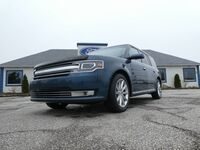 2016 Ford Flex Limited- LEATHER- NAV- SUNROOF- HEATED SEATS- LOADED- EVERY OPTION