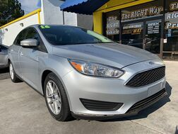 2016_Ford_Focus_4d Sedan SE_ Albuquerque NM