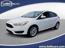 2016_Ford_Focus_5dr HB SE_ Raleigh NC