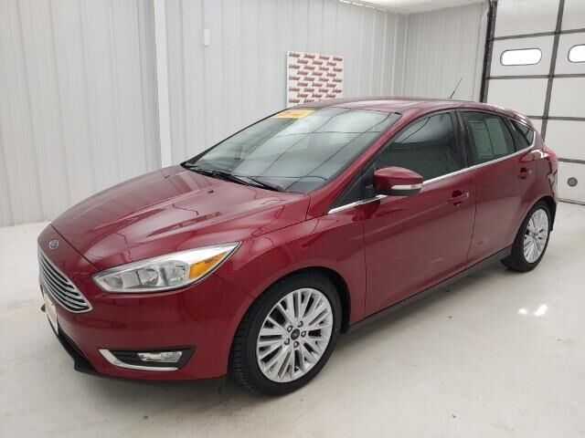 2016 Ford Focus 5dr HB Titanium Manhattan KS