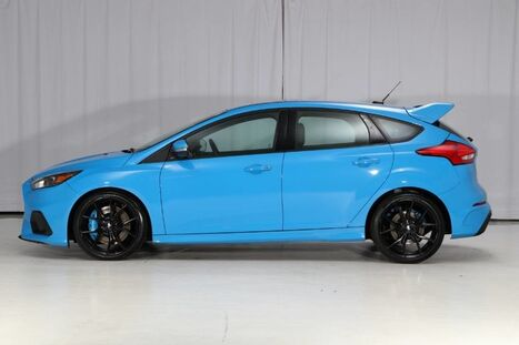 2016_Ford_Focus AWD_RS 6MT_ West Chester PA