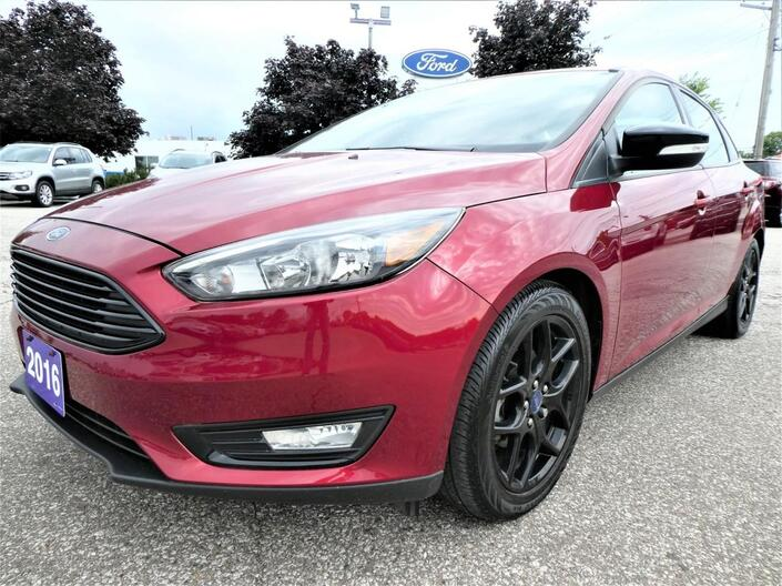 2016 Ford Focus SE | Heated Seats | Back Up Cam | Heated Steering Essex ON