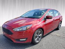 2016_Ford_Focus_SE_ Columbus GA