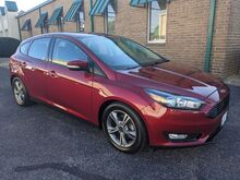 2016_Ford_Focus_SE Hatch_ Knoxville TN