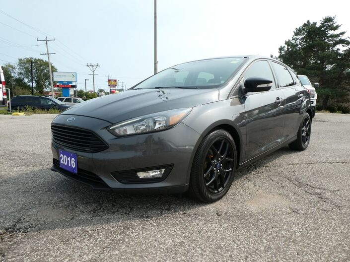 2016 Ford Focus SE Heated Steering Leather Back Up Cam Essex ON