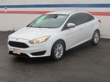 2016_Ford_Focus_SE Sedan_ Dallas TX