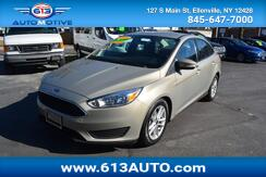 2016_Ford_Focus_SE Sedan_ Ulster County NY
