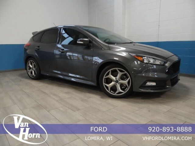 2016 Ford Focus ST Plymouth WI