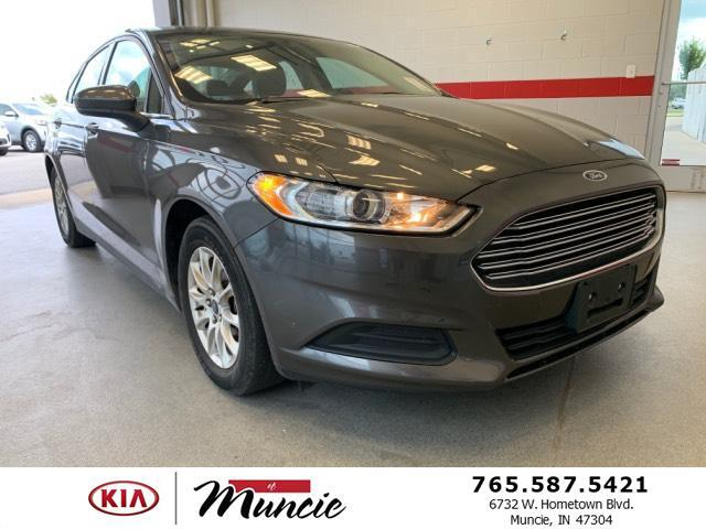2016 Ford Fusion 4dr Sdn S FWD Muncie IN