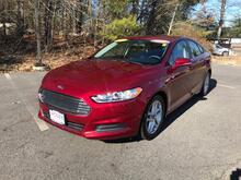 2016_Ford_Fusion_4dr Sdn SE FWD_ Pembroke MA