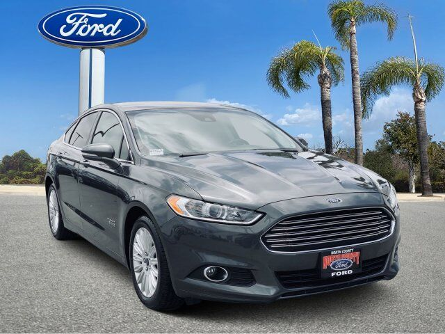 2016_Ford_Fusion Energi_SE Luxury_ Vista CA