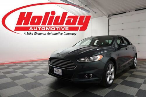 2016_Ford_Fusion_S_ Fond du Lac WI