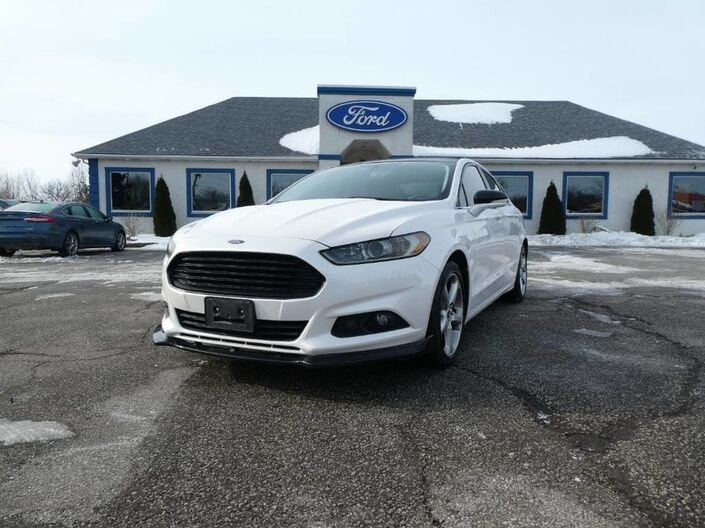 2016 Ford Fusion SE - REMOTE START - NAVIGATION - BACK UP CAMERA Essex ON