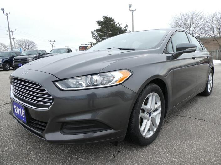 2016 Ford Fusion SE | Back Up Cam | Cruise Control | Bluetooth Essex ON