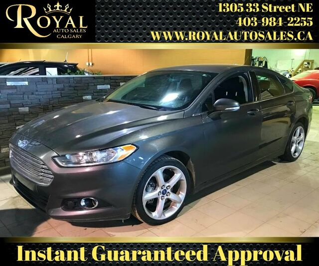 2016_Ford_Fusion_SE AWD, BLUETOOTH, BACK UP CAM, HEATED SEATS_ Calgary AB
