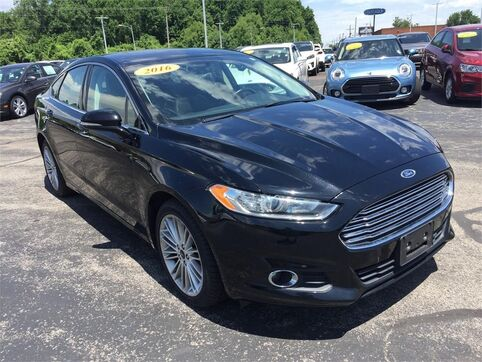 2016_Ford_Fusion_SE AWD_ Evansville IN