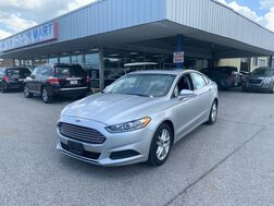 2016_Ford_Fusion_SE_ Cleveland OH
