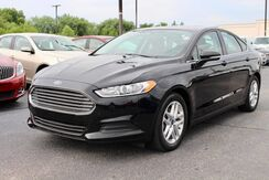 2016_Ford_Fusion_SE_ Fort Wayne Auburn and Kendallville IN