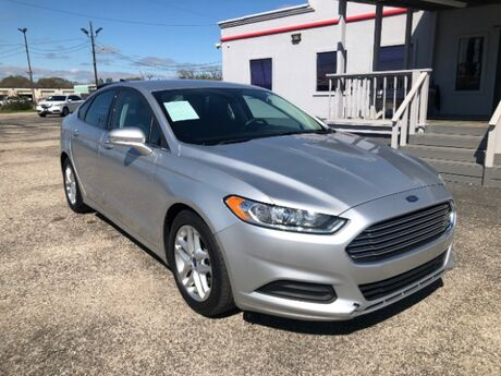 2016 Ford Fusion SE Houston TX