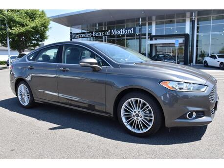 2016_Ford_Fusion_SE_ Medford OR